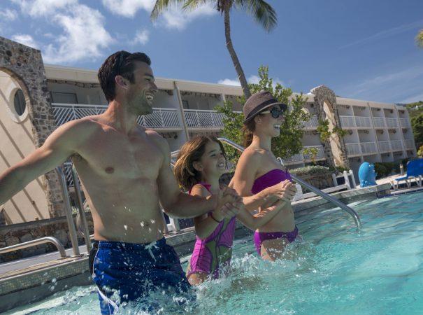 carina-bay-family-pool-34cropped